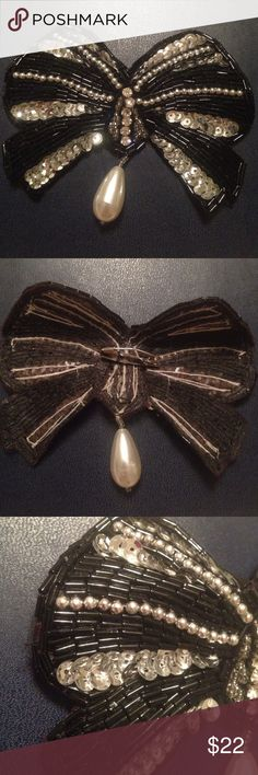 """Unique beaded and rhinestoned pin! 4.25""""x3.5"""" beaded, rhinestone and pearl pin. Missing 1 bead. Vintage Jewelry Brooches"""