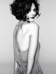 Curly bob | marianne cottilard