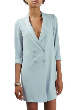 Free shipping and returns on Topshop Slouchy Longline Blazer at Nordstrom.com. A tailored blazer in a slouchy cut is long enough to wear as a fun layer or on its own as a top. A satiny shawl collar adds a touch of tuxedo polish to the double-breasted style, while rolled sleeves keep it relaxed.