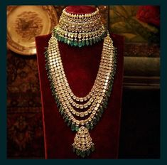Classic uncut diamond and emerald choker and long necklace from the Sabyasachi Heritage Bridal Jewelry collection. Pakistani Jewelry, Indian Wedding Jewelry, Indian Jewelry, Indian Bridal, Korean Jewelry, Fashion Jewelry Necklaces, Fashion Necklace, Jewelry Tattoo, Jewellery Earrings