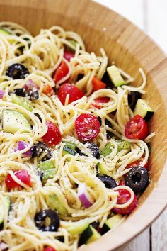 A delicious spaghetti salad filled with fresh summer veggies and olives.  Topped with a zesty italian dressing and parmesan cheese, this will be the hit of your next gathering!   It has been nothing but rain here in Utah for the past month!  It has been crazy.  I am grateful because we needed it but …