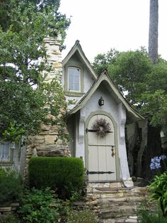 "◘•π•◘ ""Hansel"", one of 20+ fairytale homes of Carmel, CA, that were built in the 1920's by Hugh Comstock, 1893-1950 ◘•π•◘"