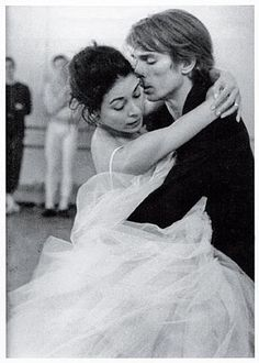 Learn more about Rudolf Nureyev ballet dancer and choreographer. The Rudolf Nureyev Foundation website is dedicated to Rudolf Nureyev's life and artistic work, his artistic legacy, choreographies and influence on ballet dance. Margot Fonteyn, Rudolf Nureyev, Shall We Dance, Lets Dance, Modern Dance, Tango, Vintage Ballet, Dance Movement, Ballet Beautiful