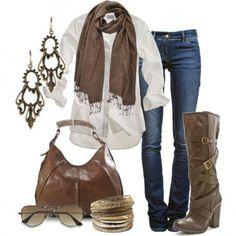 Look casual con accessori in coordinato
