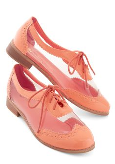Clearly Now Flat. Its obvious that todays party is the perfect opportunity to sport these peach-colored Oxford flats. #coral #modcloth