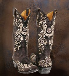 CowGIRL Boots!!!