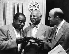 Louis Armstrong, W.C. Handy, George Avaian, 1954 Blue Company, Usa People, When I Die, The Way I Feel, Louis Armstrong, Smooth Jazz, Jazz Musicians, Jazz Blues, In Loving Memory