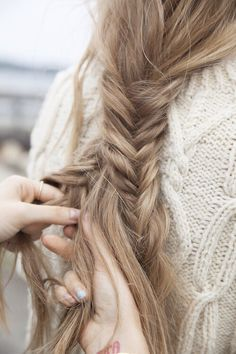 I wish my hair was thick enough to have a pretty fish tail braid like this! Love Hair, Gorgeous Hair, Beautiful, Gorgeous Makeup, Messy Hairstyles, Pretty Hairstyles, Hairstyle Short, Fashion Hairstyles, Dreadlock Hairstyles