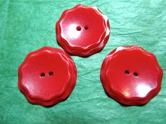 "(3) - 1 & 1/8"" TIERED EDGE RED PLASTIC 2-HOLE BUTTONS - VINTAGE Lot#CA162"