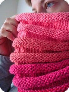 free knitting pattern :: accordion cowl