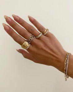 Cute Jewelry, Gold Jewelry, Jewelry Accessories, Jewellery, Accesorios Casual, Minimalist Nails, Zara, Gorgeous Nails, Diamond Are A Girls Best Friend