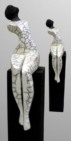 Edeltrude Arleitner * - Clay and other - Kunst Sculpture Ornementale, Sculptures Céramiques, Stone Sculpture, Abstract Sculpture, Ceramic Figures, Ceramic Art, Contemporary Sculpture, Contemporary Art, Raku Pottery
