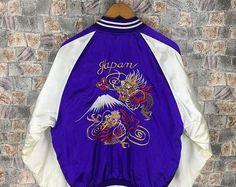 Vintage 80s SUKAJAN SOUVENIR Jacket Large Japan Sukajan Dragon Fighting Yokosuka Embroidery Japanese Satin Purple Souvenir Jacket Size L