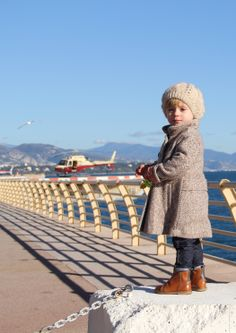 Simple beautiful Retro Chic Style fromTappetino Rosso Kids Fashion Blog
