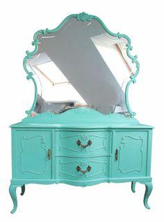 El bazar VINTAGE + CHIC: lámparas, muebles y objetos decorativos 100% vintage!: Aparador con espejo castaño antiguo menta · Ref. 8358 · Mint...