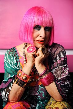 Fashion Designer Zandra Rhodes, known for always taking style chances & aging with amazing personal style