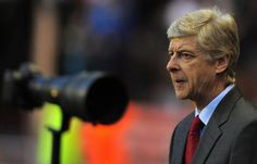 Clouds gather over Wenger's Arsenal future