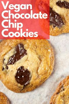Vegan Chocolate chip cookies, made in one bowl. Chewy, chocolatey and simply amazing. #Cookies #vegan #easy #recipe #chocolate #chips Best Vegan Chocolate, Chocolate Recipes, Chocolate Lovers, Vegan Breakfast Recipes, Delicious Vegan Recipes, Yummy Food, Vegan Chocolate Chip Cookies, Cookies Vegan, Chocolate Chips