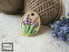 Lavender brooch Handmade Accessories, Handmade Jewelry, Polymer Clay, Lavender, Brooch, Handmade Jewellery, Brooches, Jewellery Making, Diy Jewelry