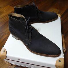 2016/11/22 21:44:24 ryuki_h Edward Green Cherwell chocolate nubuck  エドワードグリーンのチャッカブーツ このチャッカも色見、雰囲気が素晴らしいです  #チャッカブーツ #ALDEN #オールデン#ブーツ #シューズ#shoes#menshoes#shoesnob#shoesstyle #shoesoftheday #shoestagram #shoeporn #shoepolish #shoegazing #boots #bootstagram #bootpic #bootporn #足元倶楽部#menshoestyle#menstyle#polish#shoeshine#myshoes #EdwardGreen #エドワードグリーン