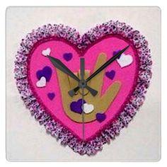 sign_language_heart_love_clock