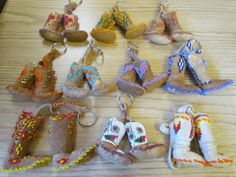Native American Beaded Keychains | NATIVE AMERICAN,BEADED HAND BAG,PURSE,MOOSE HIDE LEATHER,ZIPPERED ...
