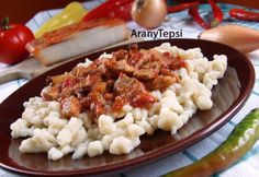 Risotto, Macaroni And Cheese, Meat, Chicken, Ethnic Recipes, Food, Red Peppers, Mac And Cheese, Essen