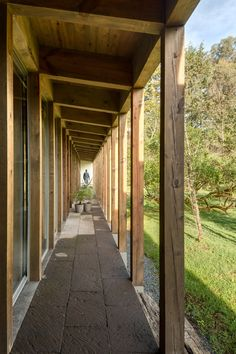 santana-house-cc-arquitectos-valle-de-bravo-mexico-city-_dezeen_936_6.jpg