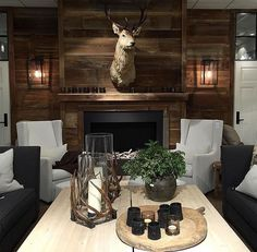 Home Interior Boho Cabin Homes, Log Homes, Chalet Design, Bohinj, Cabin Chic, Lodge Style, Chalet Style, Ski Chalet, Cabin Interiors