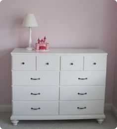 Simple White Girls Dresser With 10 Drawer And There Are Stand Lamp