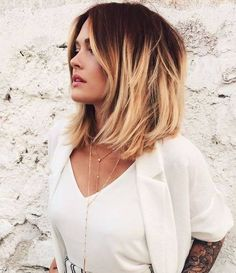 Short dark red to blonde ombre bob hairstyle - Frisuren Hairstyles Haircuts, Cool Hairstyles, Bob Haircuts, Bob Hairstyle, Hairstyle Ideas, Medium Haircuts, Fashion Hairstyles, Makeup Hairstyle, Textured Hairstyles