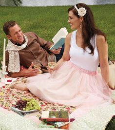 Sew a pretty tulle skirt to wear to a picnic or any Springtime event!