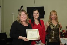 Nikki Rausch of NLP Pacific is awarded our Certificate of Excellence for Most Contributing New Member!