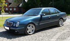 Mercedes E Class W210