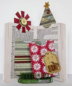 Fancy This: Gift Card Bookmarks Christmas Tag, Christmas Projects, Gift Cards Money, Bookmark Ideas, Paper Bookmarks, Retreat Ideas, Book Marks, Funny Ideas, Craft Box