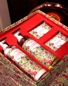 Geranium and Garden Mint Body Set from the Liberty London collection. Presented in a luxury Liberty print gift box, this beautifully scented bodycare set is the perfect beauty gift or indulgent treat.