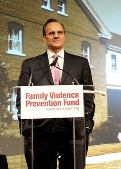 Joe Torre at Futures Without Violence Ground Breaking
