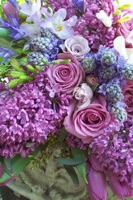 Lilacs and its beautiful friends . Love this bouquet. My Flower, Purple Flowers, Beautiful Flowers, Bloom, All Things Purple, Arte Floral, Bunt, Floral Arrangements, Flower Arrangement