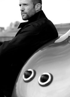 42-Best-photo-Jason-statham-with-car
