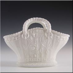 Antique 1890's Victorian White Milk Glass Basket Bowl £24.99