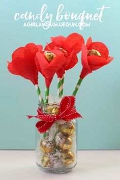 Check out these super cute candy flowers...perfect for mother's day or Valentines day! And they involve CHOCOLATE!