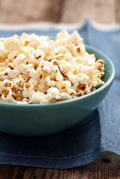 Cajunlicious   Holiday Sweets Made Easy: White Chocolate Popcorn Chews
