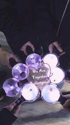 bts x army forever 🌈 proud to be in this fandom🌌 보라해😽❤💘💖 Bts Wallpaper Lyrics, Army Wallpaper, Emoji Wallpaper, Foto Bts, Bts Taehyung, Bts Jungkook, Bts Army Bomb, Bts Bomb, Ivana