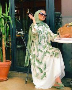 Modest Fashion Hijab, Modern Hijab Fashion, Modesty Fashion, Casual Hijab Outfit, Hijab Fashion Inspiration, Abaya Fashion, Muslim Fashion, Fashion Outfits, Hijab Elegante
