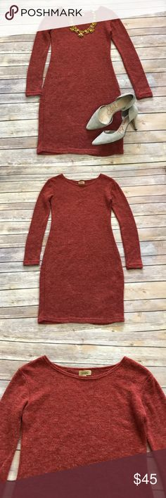 "NWOT Anthropologie sweater dress Gorgeous NWOT Piko 1988 sweater dress from Anthropologie. Measures 33"" in length and is absolutely flawless. Make an offer or bundle and save! Anthropologie Dresses Midi"