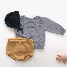 Swans Style is the top online fashion store for women. Bitty Baby Clothes, Fall Baby Clothes, Knitted Baby Clothes, Cute Outfits For Kids, Baby Boy Outfits, Knitting For Kids, Baby Knitting, Toddler Fashion, Kids Fashion