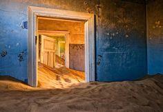 Alvaro Sanchez-Montanes: Abandoned house in Kolmanskop, an  old gold mining town in Namibia.