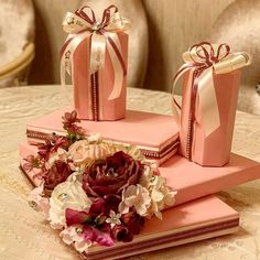 "Xonca,sebetler,hediyyeler on Instagram: ""#xonca#toy#nisan . #liko_design #bride #dizayn #design #cool #beauty #aztagram #toy #nisan #xina #xinayaxti #sebet #gift #heri #xonca…"" Gift Packaging, Coffin Nails, Wedding Gifts, Wraps, Gift Wrapping, Bride, Cool Stuff, Toys, Beauty"
