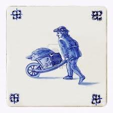 Het is Delfts kunst van een man met een kruiwagen