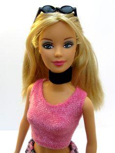 https://flic.kr/p/pak89p | Fashion Fever Barbie H0645 Asst H0644 China 2004